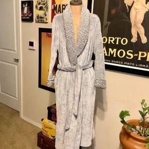 Anne Klein Bath Robe